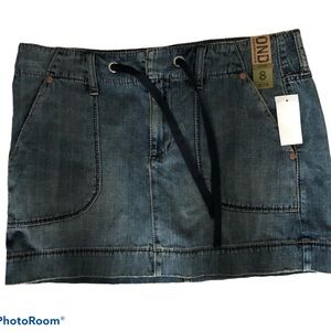 Old Navy low rise jean denim mini skirt NWT Size 8